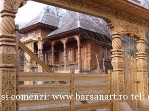 Poarta Maramureseana sculptata in lemn Muzeu 4