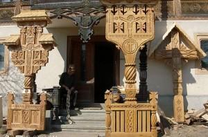 BarsanArt - Puterea Spirituala a Lemnului - Sculpturi Troite si Cruci