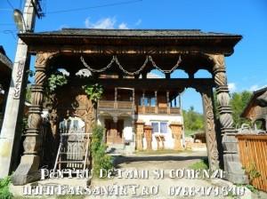 Poarta Maramureseana cu cinci stalpi