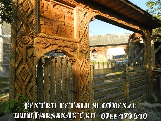 Poarta traditionala din Maramures