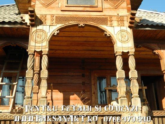 Pridvor din lemn