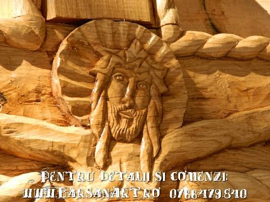 Detaliu sculptura Cruce