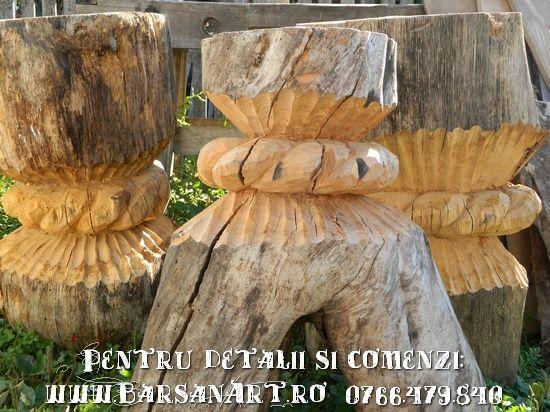 Masa si scaune sculptate din truchi de copaci