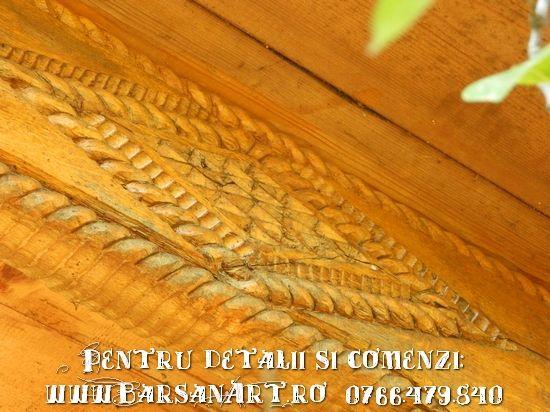 Model in lemn