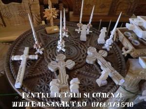 Obiecte lucrate manual din lemn