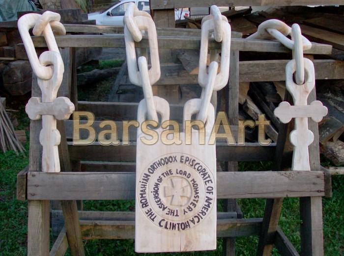 BarsanArt Emblema cu lant si Cruce din lemn
