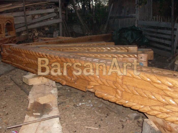 BarsanArt Stalp sculptat poarta