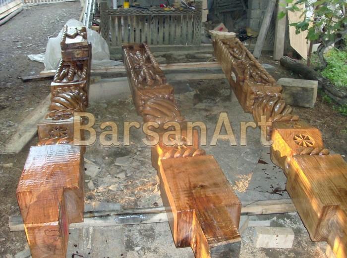 BarsanArt Stalpi sculptati poarta